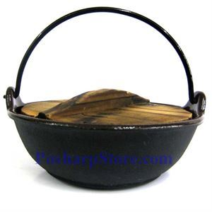 Picture of Cast Iron Pan  7 Inch  w/ Wooden Lid  & Base
