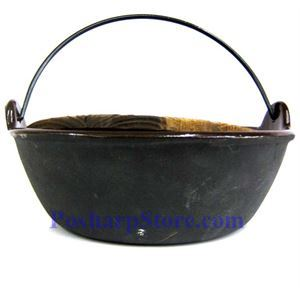 Picture of Cast Iron Pan  9.5 Inch  w/ Wooden Lid  & Base